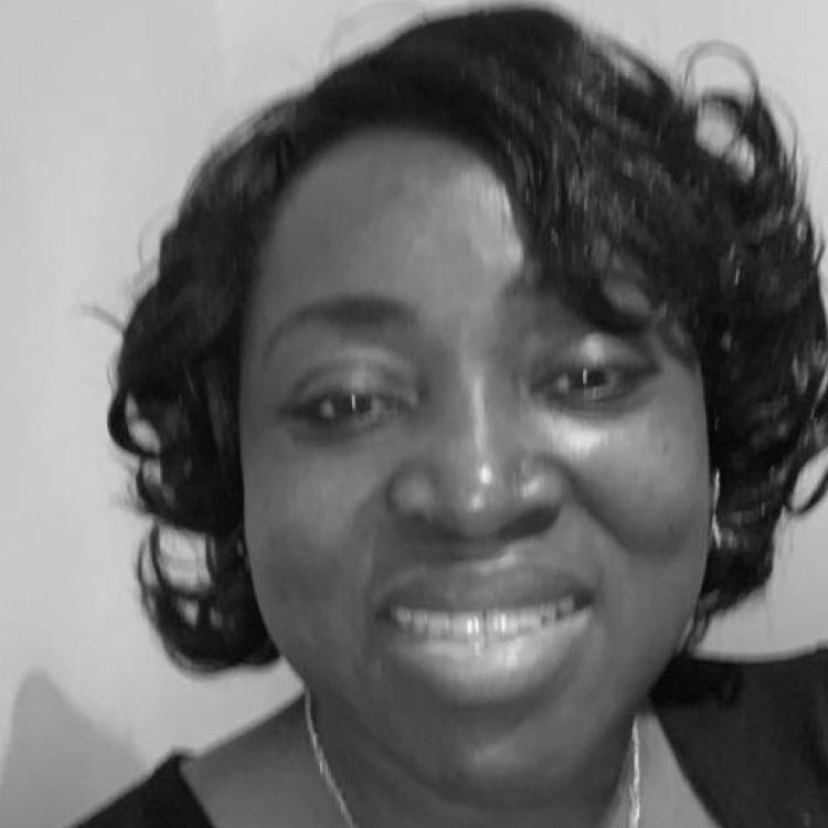 Lola Olatunji